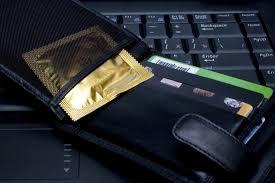 preservativo nel portafogli