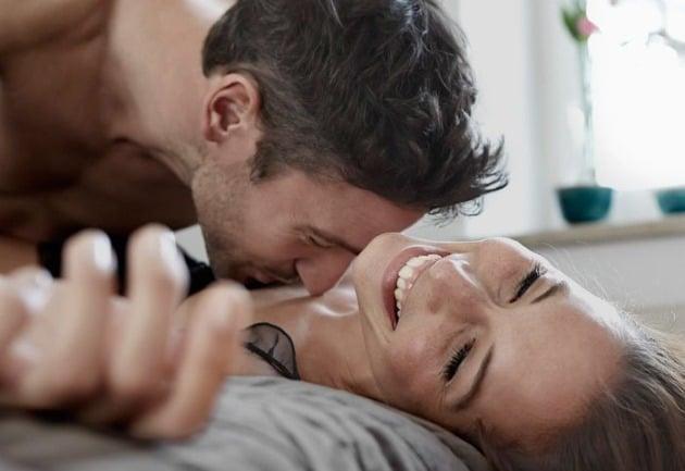 Come Ritrovare la Passione e Fare più Sesso con la Propria Moglie o Ragazza: La Sporca Verità (+ l'UNICO Metodo Pratico per Risolvere il Problema)